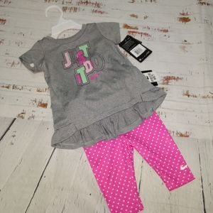 Nike dri- fit 2 piece outfit